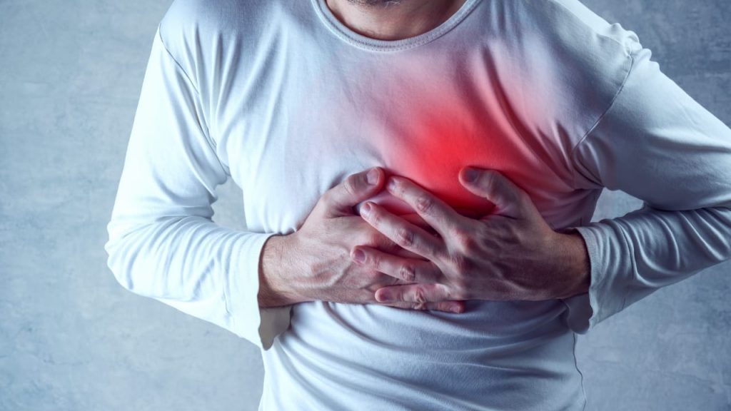 4 Critical Warning Signs of Heart Disease in Men