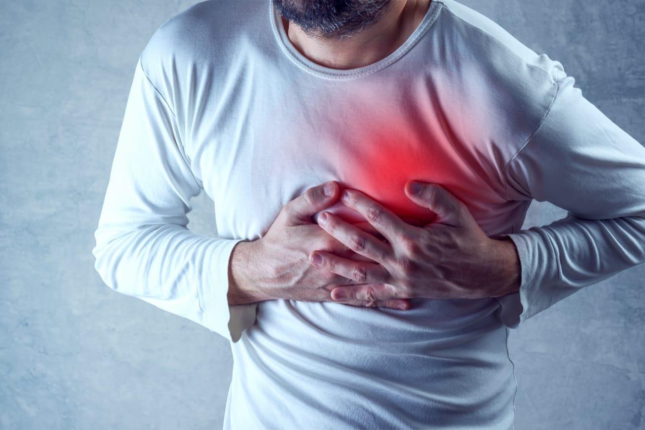 4 Critical Warning Signs of Heart Disease in Men