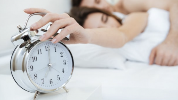 9 Ways to Wake Yourself Up Naturally
