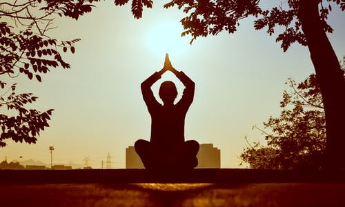 Six ways of healing your inner self without medication