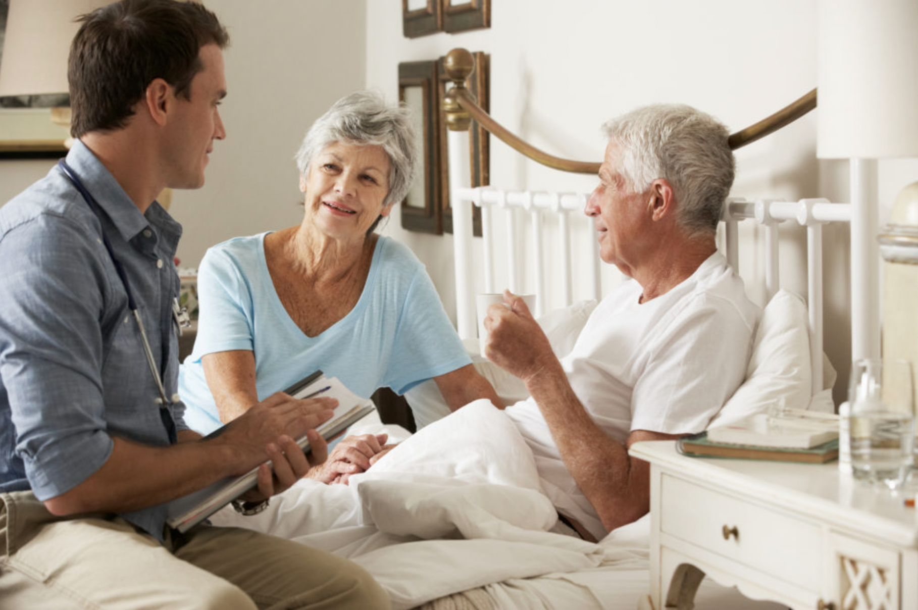 What Is the Difference between Hospice Services and a Retirement Home?